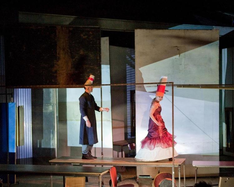 Onzième. Photo: courtesy of Théâtre du Radeau