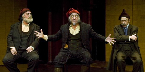 Arturo (Jordi Bosch), surrounded by two of his cronies Pepito (Andreu Benito) and Tomeu (Boris Ruiz) in Goldoni's The Boors, directed by Lluís Pasqual at the Teatre Lliure. Photo: Ros Ribas, courtesy of the Teatre Lliure.