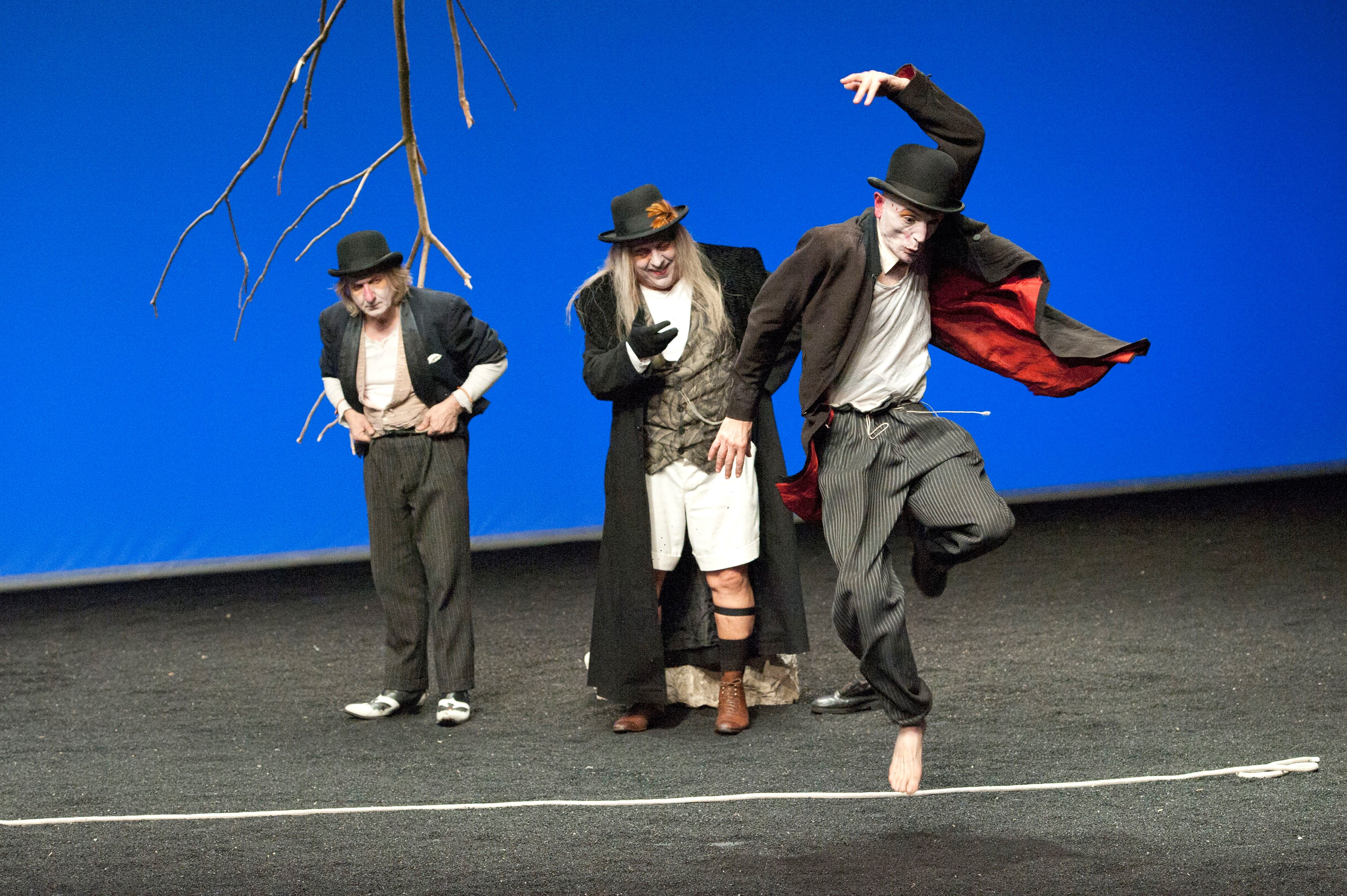 "<a href=""http://europeanstages.org/2014/11/07/happy-days-enn…y-31-august-11/"">Happy Days: Enniskillen International Beckett Festival 2014, July 31-August 11</a>"