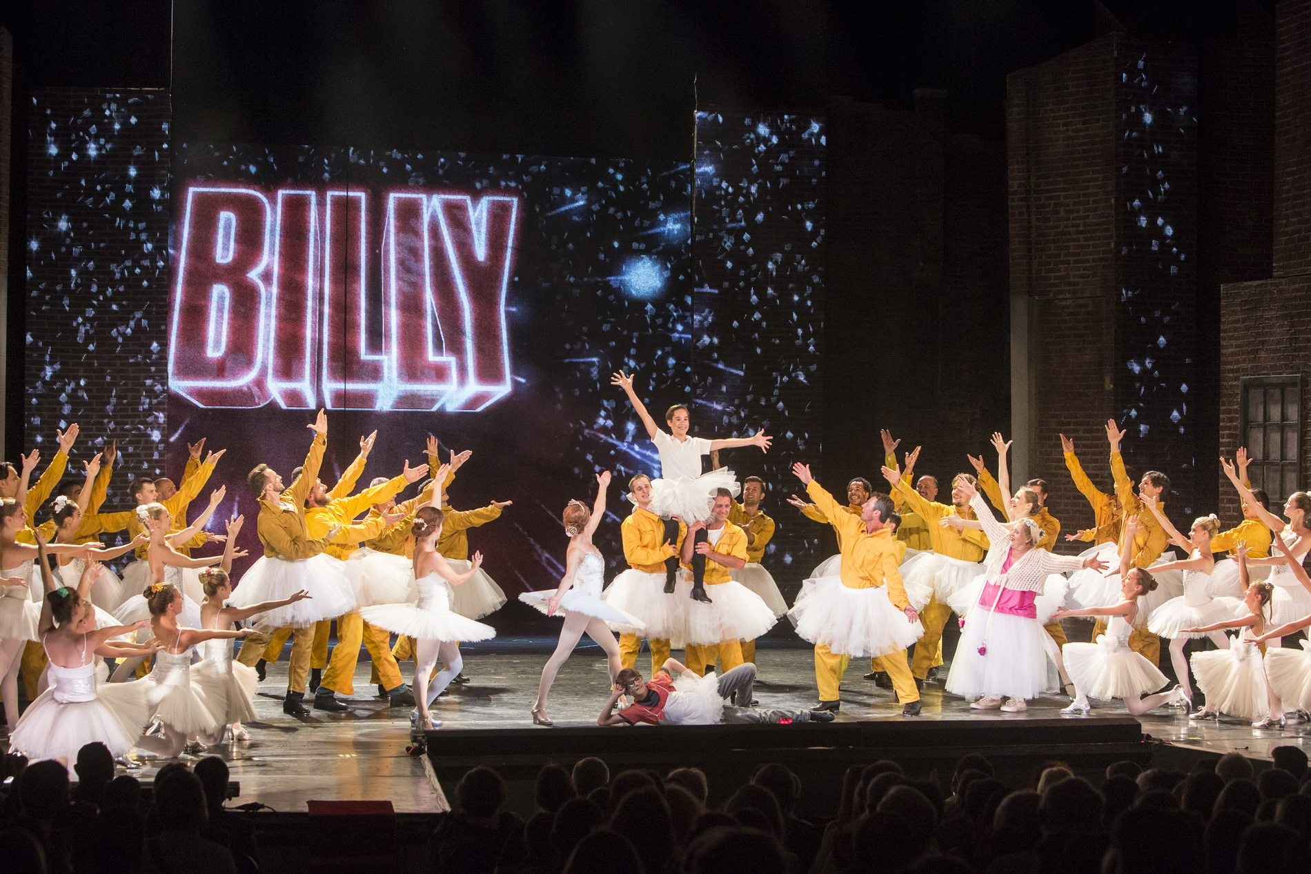 <i>Billy Elliot the Musical</i> at the Hungarian State Opera