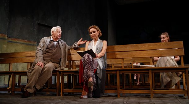 A scene from The Seagull, directed by Konstantin Bogomolov at the Oleg Tabakov Theatre, Moscow, 2014. Photo: www.tabakov.ru.
